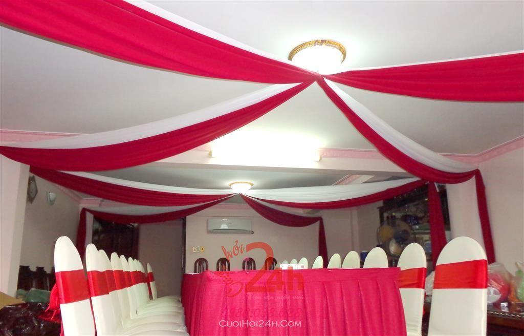 Dịch vụ cưới hỏi 24h trọn vẹn ngày vui chuyên trang trí nhà đám cưới hỏi và nhà hàng tiệc cưới | Trang trí trần nhà đèn tròn cùng vải voan