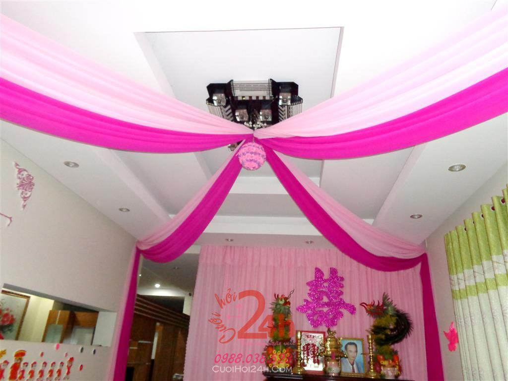 Dịch vụ cưới hỏi 24h trọn vẹn ngày vui chuyên trang trí nhà đám cưới hỏi và nhà hàng tiệc cưới | Trang trí trâng nhà cùng voan hồng