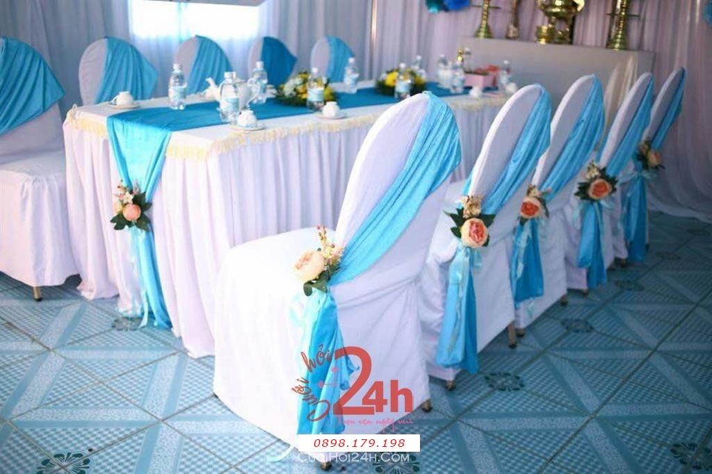 Dịch vụ cưới hỏi 24h trọn vẹn ngày vui chuyên trang trí nhà đám cưới hỏi và nhà hàng tiệc cưới | Trang trí nhà cưới hỏi tông trắng xanh ngọc (2)
