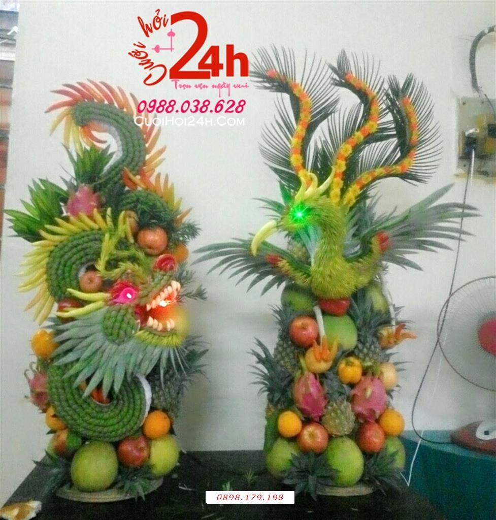 Dịch vụ cưới hỏi 24h trọn vẹn ngày vui chuyên trang trí nhà đám cưới hỏi và nhà hàng tiệc cưới | Mâm tráp rồng phụng kết trái cây tươi sang trọng ngày cưới