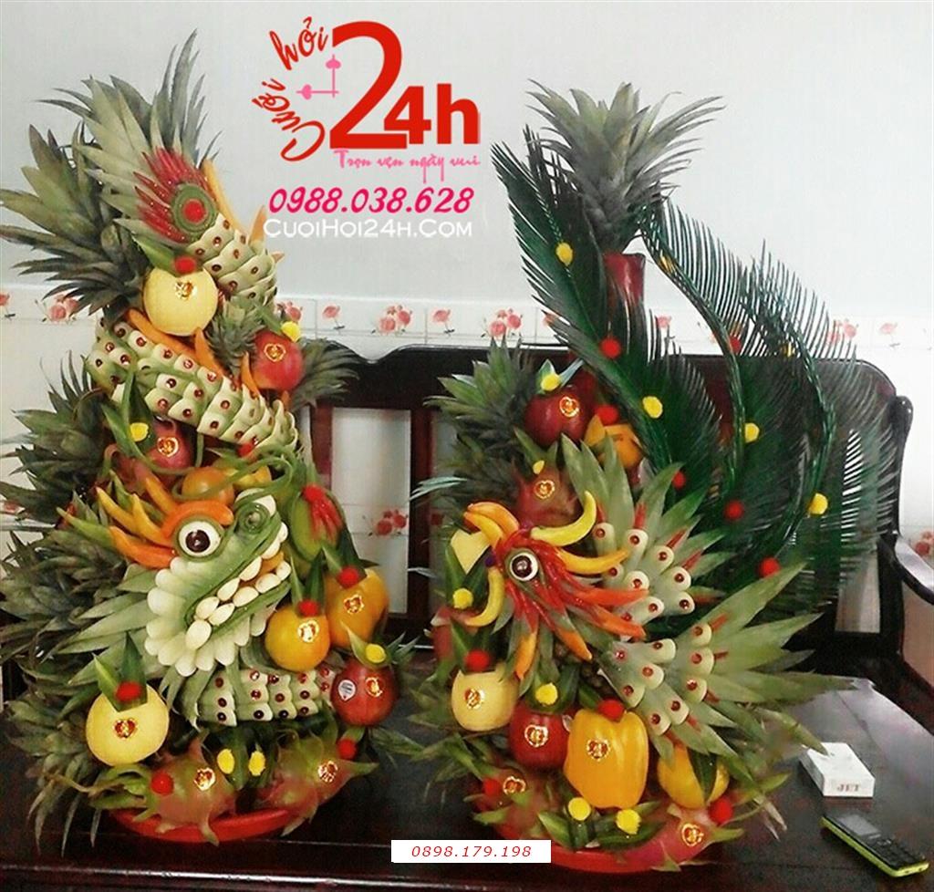 Dịch vụ cưới hỏi 24h trọn vẹn ngày vui chuyên trang trí nhà đám cưới hỏi và nhà hàng tiệc cưới | Rồng phụng kết từ trái cây tươi tạo dáng mềm mại sinh động