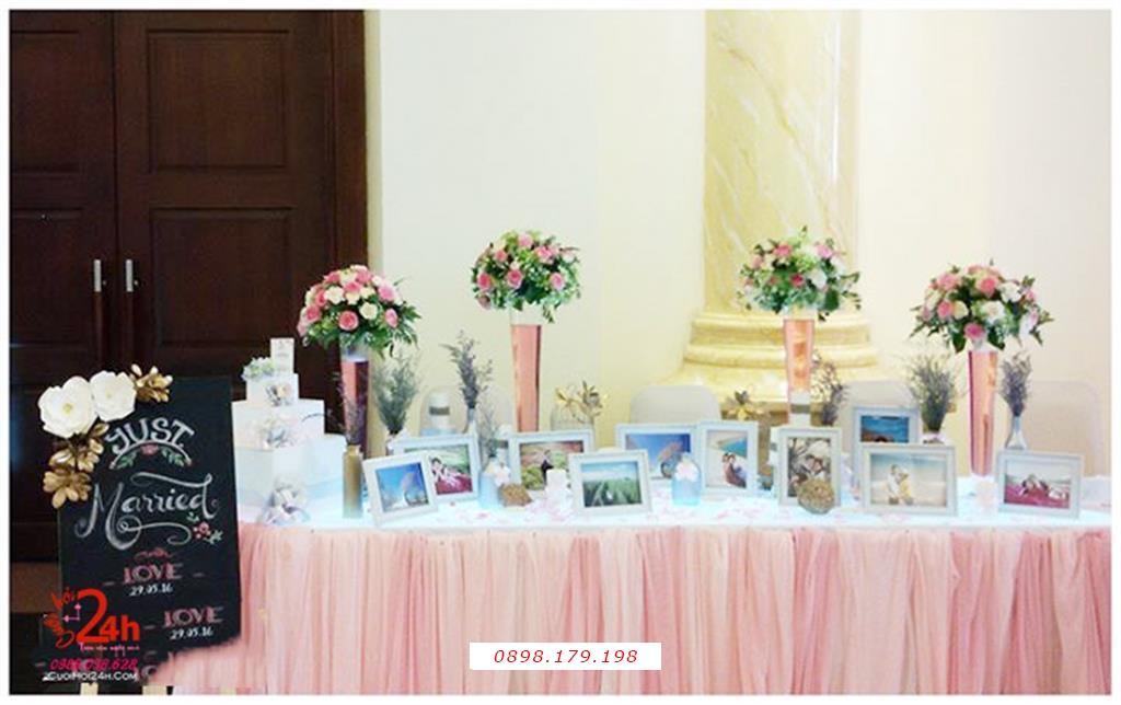 Dịch vụ cưới hỏi 24h trọn vẹn ngày vui chuyên trang trí nhà đám cưới hỏi và nhà hàng tiệc cưới | Bàn ký tên ngày cưới trang trí voan hồng phấn mềm mại