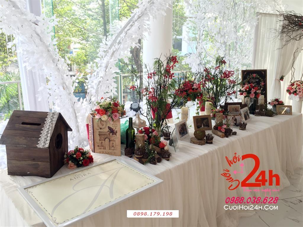 Dịch vụ cưới hỏi 24h trọn vẹn ngày vui chuyên trang trí nhà đám cưới hỏi và nhà hàng tiệc cưới | Bàn ký tên trang trí phong cách rustic