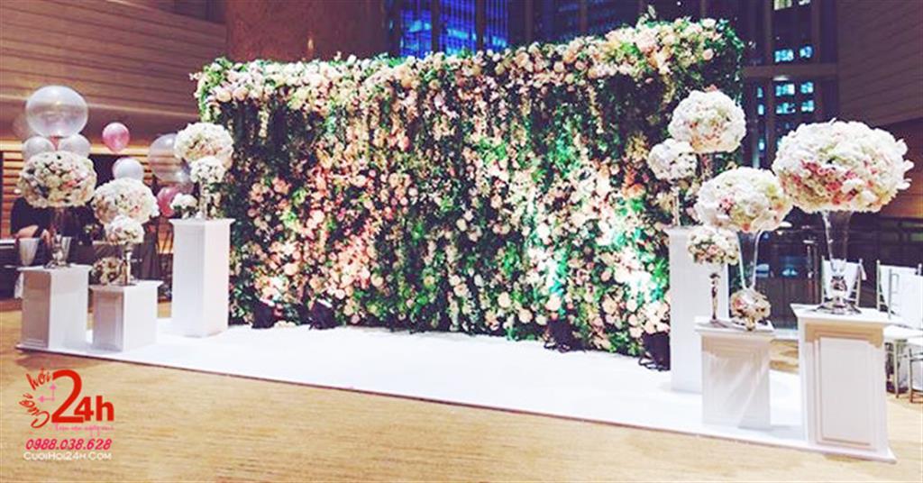 Dịch vụ cưới hỏi 24h trọn vẹn ngày vui chuyên trang trí nhà đám cưới hỏi và nhà hàng tiệc cưới | Backdrop ngày cưới màu xanh lá cây