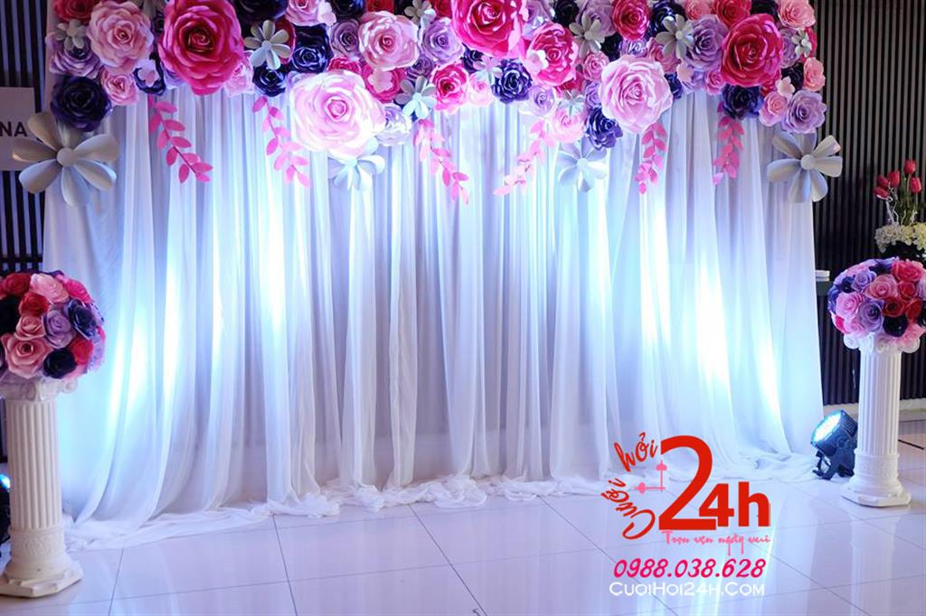 Dịch vụ cưới hỏi 24h trọn vẹn ngày vui chuyên trang trí nhà đám cưới hỏi và nhà hàng tiệc cưới | Phông cưới kết hoa tươi mềm mại
