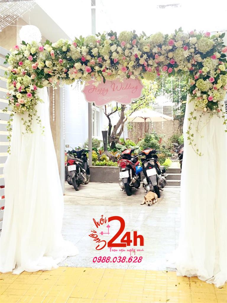 Dịch vụ cưới hỏi 24h trọn vẹn ngày vui chuyên trang trí nhà đám cưới hỏi và nhà hàng tiệc cưới | Cổng hoa tươi mái kết hoa tươi chân phối voan mềm mại