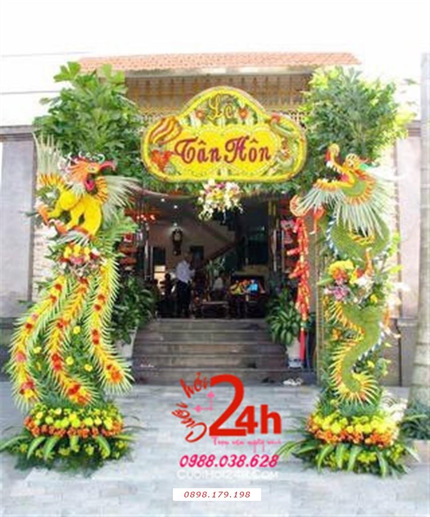 Dịch vụ cưới hỏi 24h trọn vẹn ngày vui chuyên trang trí nhà đám cưới hỏi và nhà hàng tiệc cưới | Cổng hoa tươi ngày cưới trang trí rồng phụng sang trọng