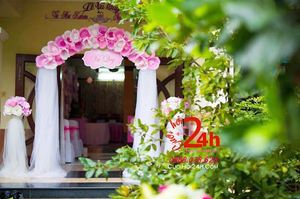 Dịch vụ cưới hỏi 24h trọn vẹn ngày vui chuyên trang trí nhà đám cưới hỏi và nhà hàng tiệc cưới | Cho thuê cổng hoa giấy ngày cưới tông hồng phối ren