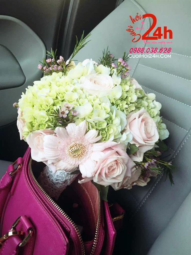 Dịch vụ cưới hỏi 24h trọn vẹn ngày vui chuyên trang trí nhà đám cưới hỏi và nhà hàng tiệc cưới | Dịch vụ kết hoa cầm tay cô dâu ngày cưới tông trắng hồng phấn