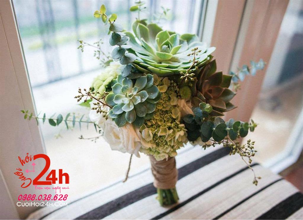 Dịch vụ cưới hỏi 24h trọn vẹn ngày vui chuyên trang trí nhà đám cưới hỏi và nhà hàng tiệc cưới | Hoa cầm tay cô dâu kết sen đá mềm mại