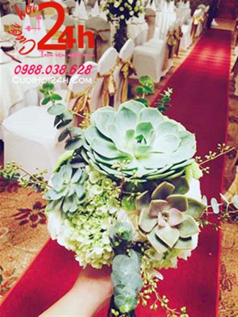 Dịch vụ cưới hỏi 24h trọn vẹn ngày vui chuyên trang trí nhà đám cưới hỏi và nhà hàng tiệc cưới | Hoa cầm tay cô dâu ngày cưới kết từ sen đá