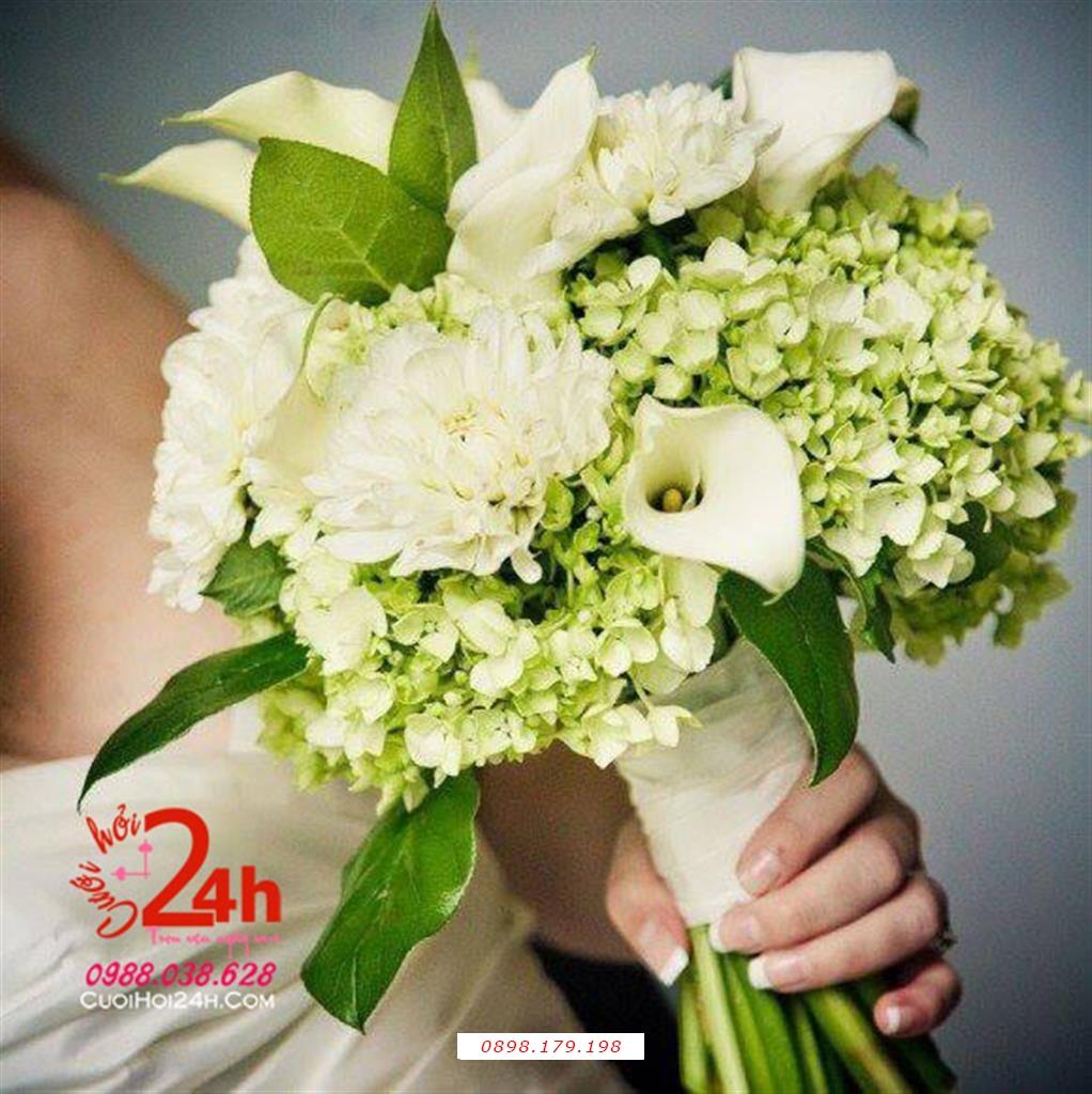 Dịch vụ cưới hỏi 24h trọn vẹn ngày vui chuyên trang trí nhà đám cưới hỏi và nhà hàng tiệc cưới | Hoa cầm tay cô dâu kết hoa hồng phấn cùng cẩm tú cầu xanh