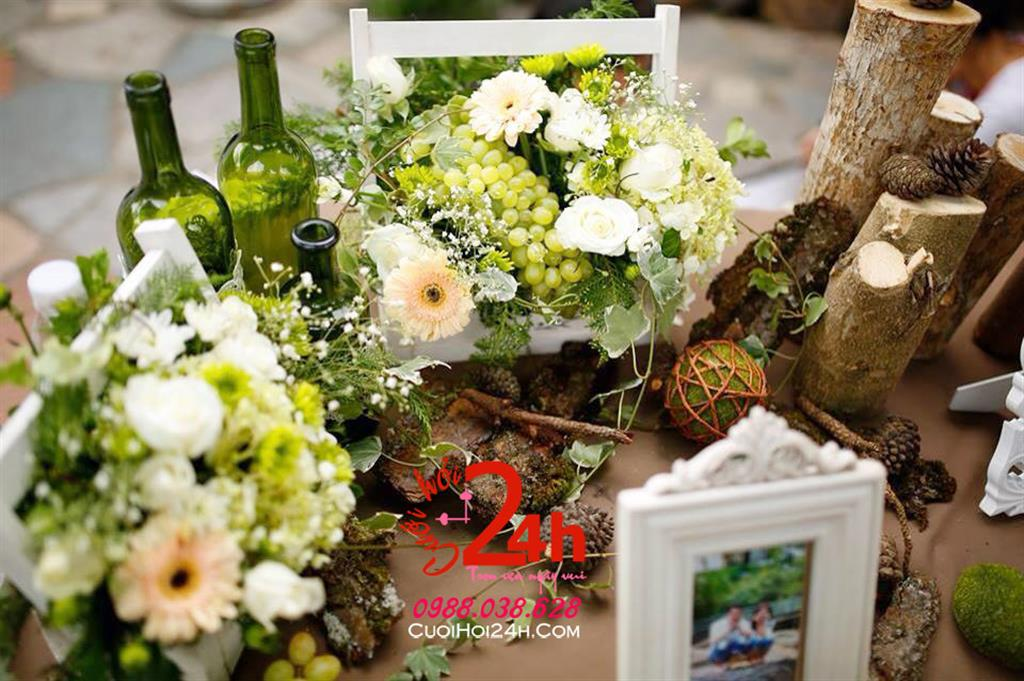 Dịch vụ cưới hỏi 24h trọn vẹn ngày vui chuyên trang trí nhà đám cưới hỏi và nhà hàng tiệc cưới | Hoa trang trí bàn tiệc ngày cưới tông màu nhẹ nhàng