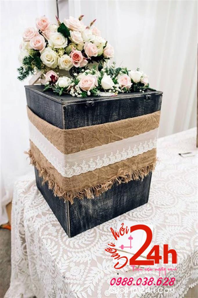 Dịch vụ cưới hỏi 24h trọn vẹn ngày vui chuyên trang trí nhà đám cưới hỏi và nhà hàng tiệc cưới | Hoa để bàn ngày cưới xinh xắn
