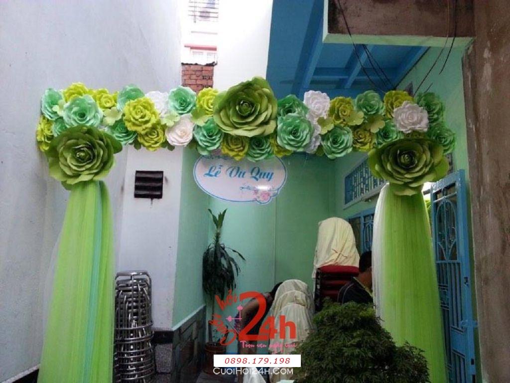 Dịch vụ cưới hỏi 24h trọn vẹn ngày vui chuyên trang trí nhà đám cưới hỏi và nhà hàng tiệc cưới | Cổng cưới hoa giấy tông màu xanh lá