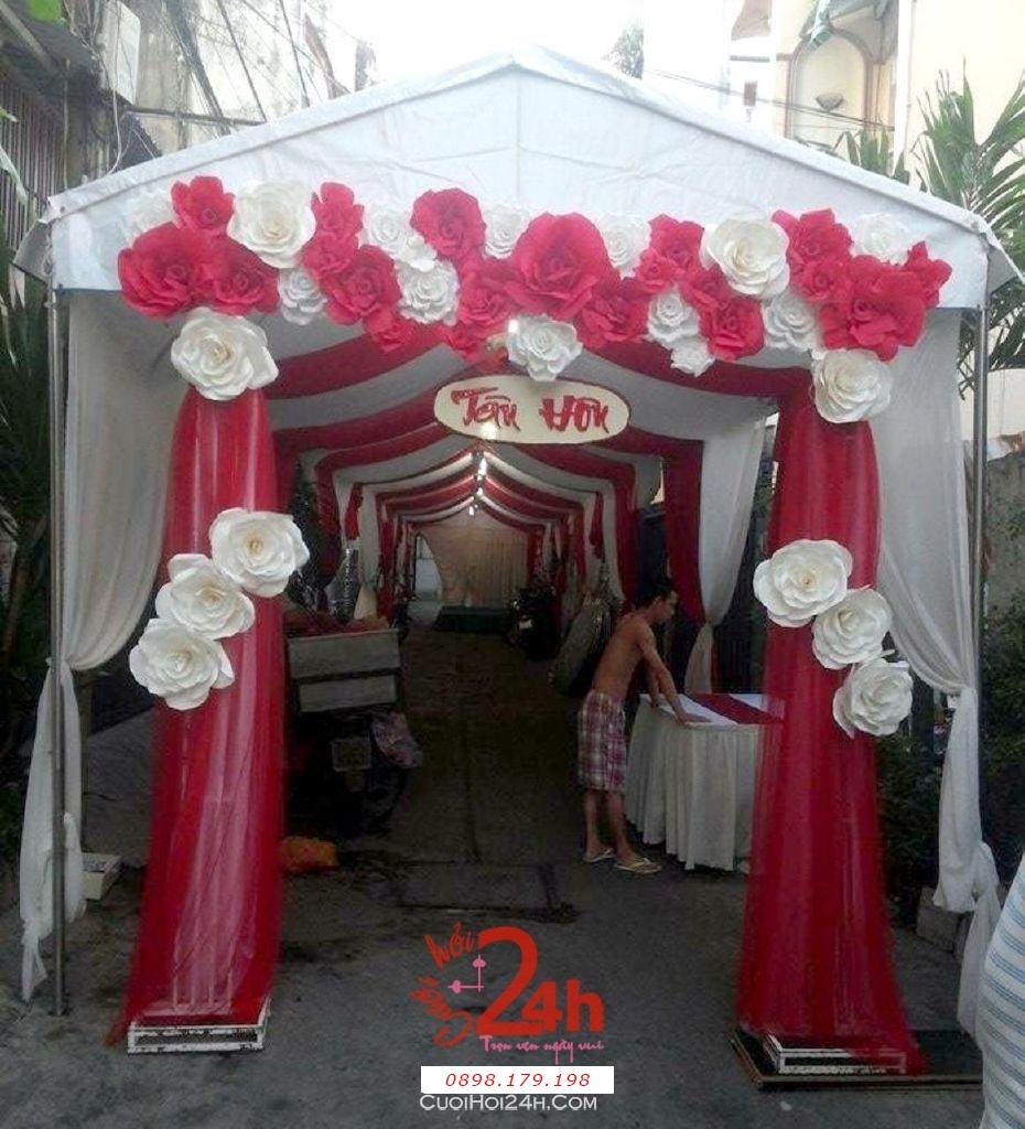 Dịch vụ cưới hỏi 24h trọn vẹn ngày vui chuyên trang trí nhà đám cưới hỏi và nhà hàng tiệc cưới | Cổng hoa giấy màu trắng đỏ cho lễ tân hôn