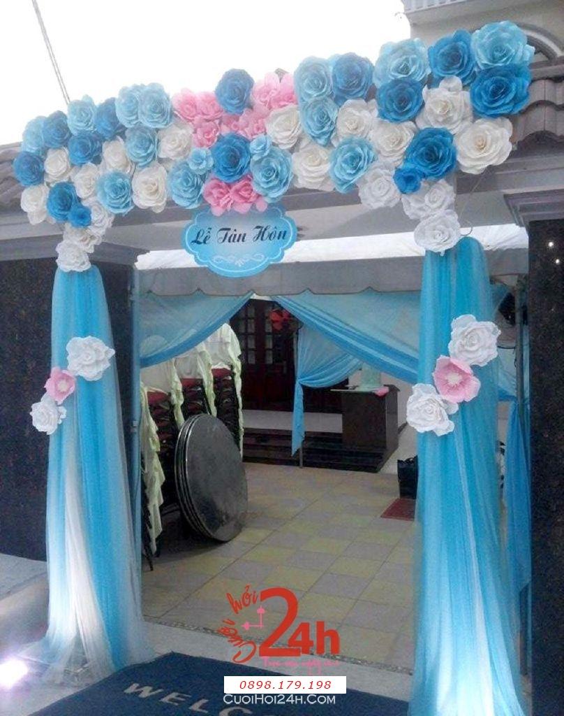 Dịch vụ cưới hỏi 24h trọn vẹn ngày vui chuyên trang trí nhà đám cưới hỏi và nhà hàng tiệc cưới | Cổng hoa giấy màu trắng hồng xanh ngọc cho lễ tân hôn