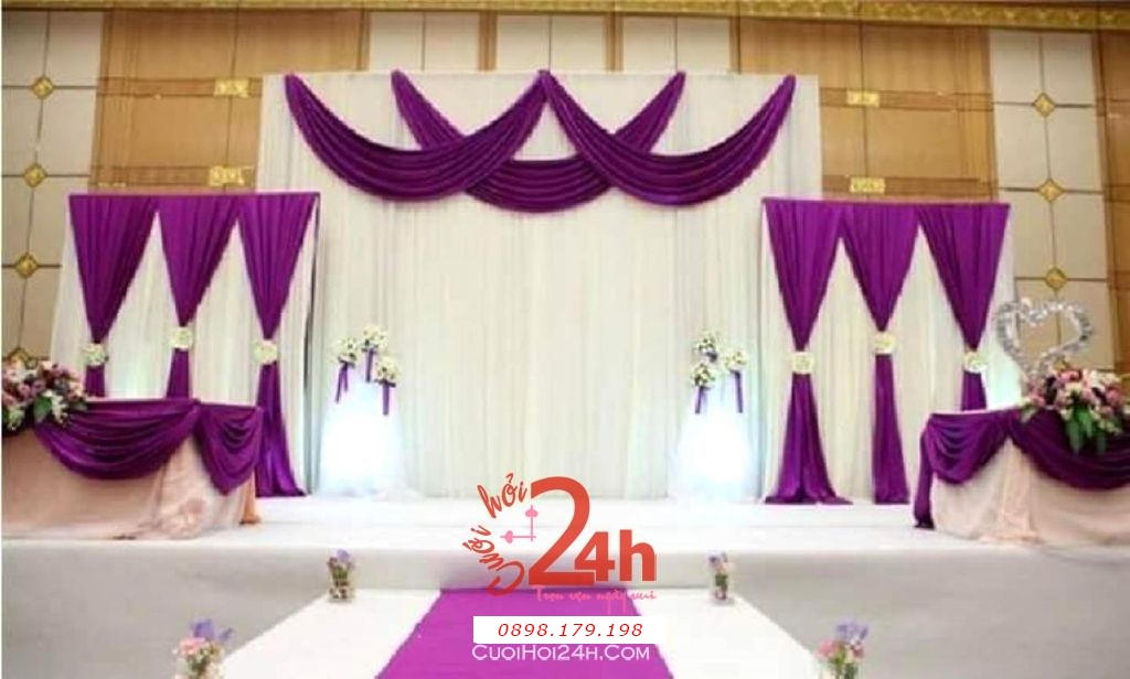 Dịch vụ cưới hỏi 24h trọn vẹn ngày vui chuyên trang trí nhà đám cưới hỏi và nhà hàng tiệc cưới | Trang trí sân khấu tiệc cưới với vải voan trắng tím
