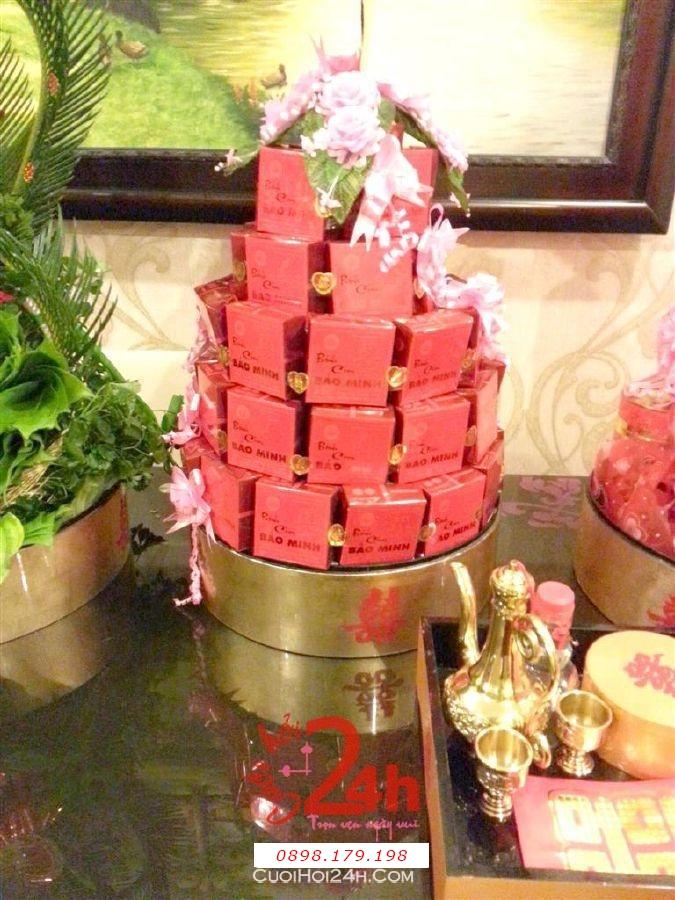 Dịch vụ cưới hỏi 24h trọn vẹn ngày vui chuyên trang trí nhà đám cưới hỏi và nhà hàng tiệc cưới | Mâm quả sơn mài cao cấp bánh cốm song hỷ