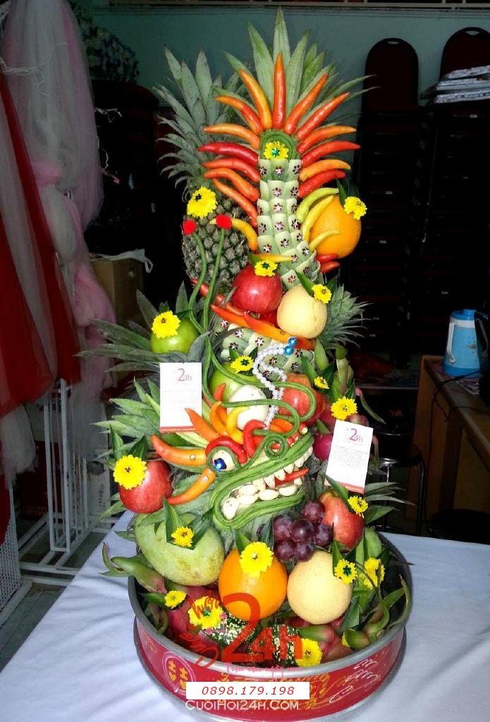 Dịch vụ cưới hỏi 24h trọn vẹn ngày vui chuyên trang trí nhà đám cưới hỏi và nhà hàng tiệc cưới | Mâm rồng trái cây trang trí đẹp sóng động