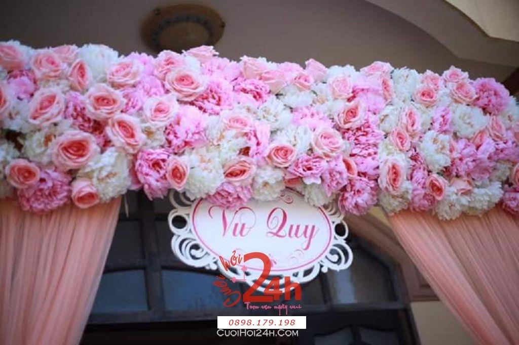 Dịch vụ cưới hỏi 24h trọn vẹn ngày vui chuyên trang trí nhà đám cưới hỏi và nhà hàng tiệc cưới | Trang trí cổng nhà đám cưới màu hồng