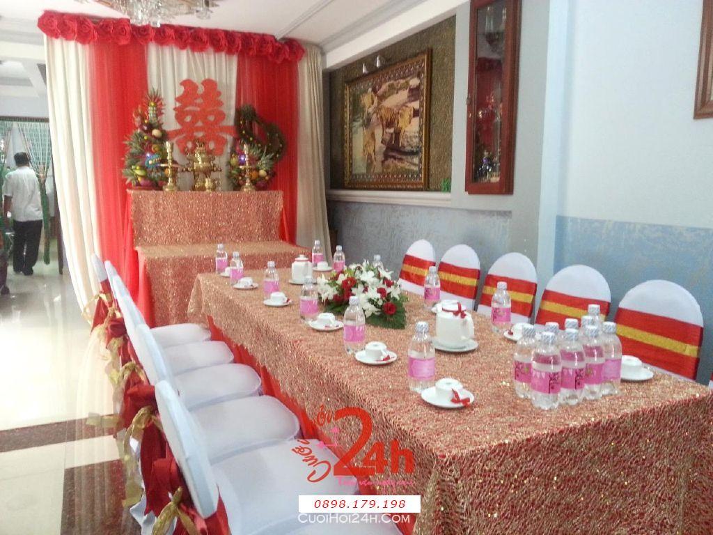 Dịch vụ cưới hỏi 24h trọn vẹn ngày vui chuyên trang trí nhà đám cưới hỏi và nhà hàng tiệc cưới | Trang trí nhà cưới hỏi tông đỏ vàng đặc biệt ấn tượng (2)