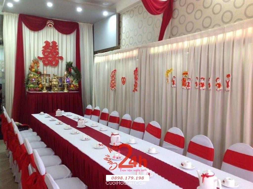 Dịch vụ cưới hỏi 24h trọn vẹn ngày vui chuyên trang trí nhà đám cưới hỏi và nhà hàng tiệc cưới | Trang trí nhà cưới tông đỏ đô (2)