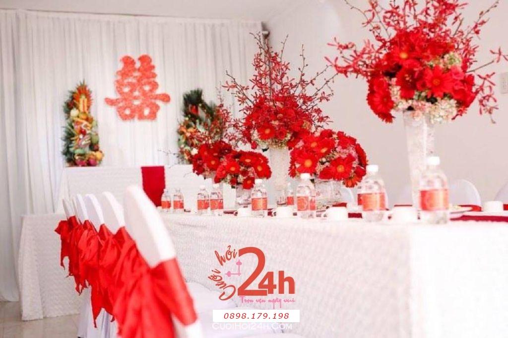 Dịch vụ cưới hỏi 24h trọn vẹn ngày vui chuyên trang trí nhà đám cưới hỏi và nhà hàng tiệc cưới | Trang trí nhà cưới tông đỏ tươi (1)