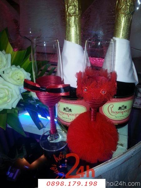 Dịch vụ cưới hỏi 24h trọn vẹn ngày vui chuyên trang trí nhà đám cưới hỏi và nhà hàng tiệc cưới | Ly rượu uyên ương