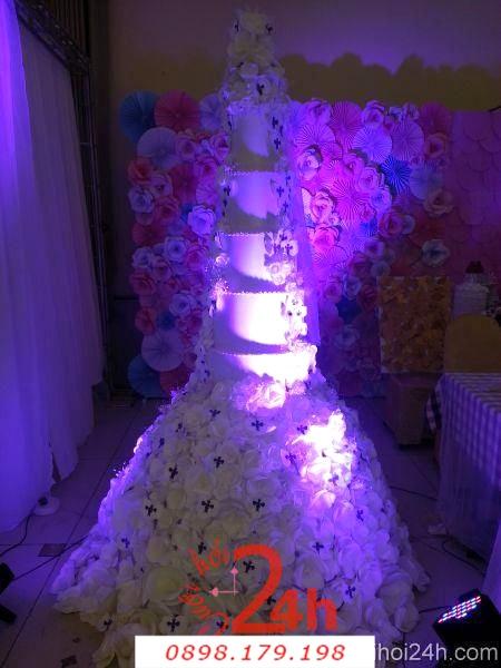 Dịch vụ cưới hỏi 24h trọn vẹn ngày vui chuyên trang trí nhà đám cưới hỏi và nhà hàng tiệc cưới | Trang trí bánh cưới