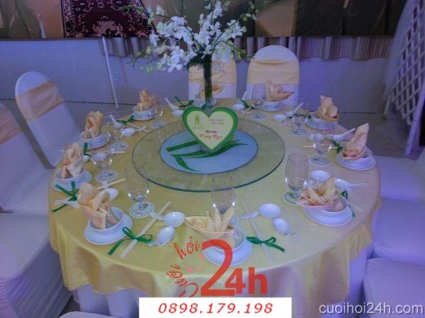 Dịch vụ cưới hỏi 24h trọn vẹn ngày vui chuyên trang trí nhà đám cưới hỏi và nhà hàng tiệc cưới | Trang trí bàn tiệc