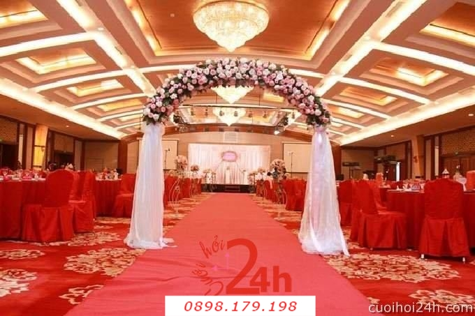 Dịch vụ cưới hỏi 24h trọn vẹn ngày vui chuyên trang trí nhà đám cưới hỏi và nhà hàng tiệc cưới | Cổng hoa tươi 20