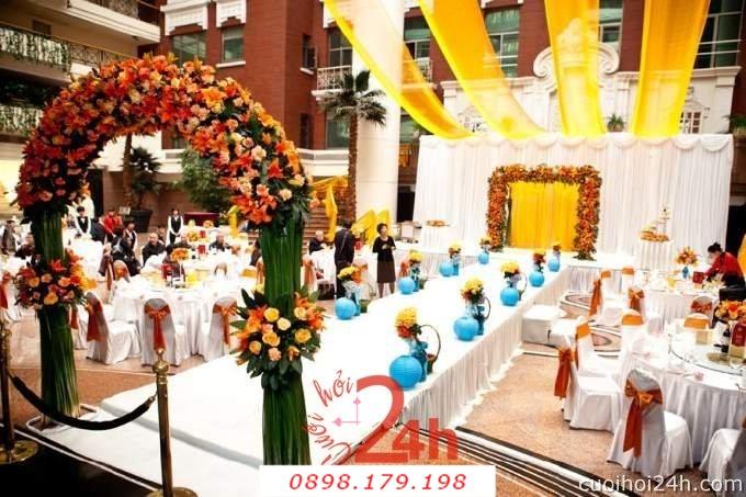 Dịch vụ cưới hỏi 24h trọn vẹn ngày vui chuyên trang trí nhà đám cưới hỏi và nhà hàng tiệc cưới | Cổng hoa tươi 25