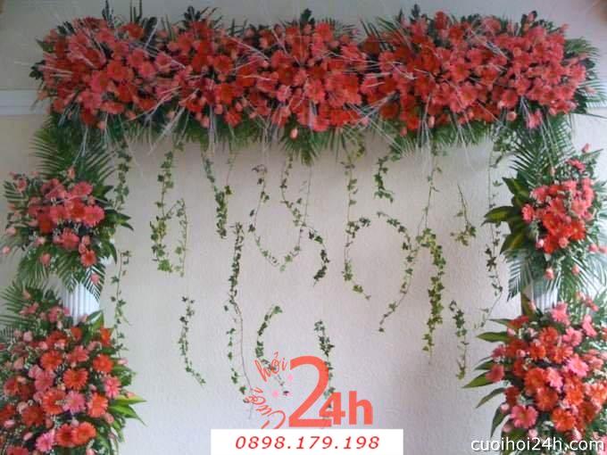 Dịch vụ cưới hỏi 24h trọn vẹn ngày vui chuyên trang trí nhà đám cưới hỏi và nhà hàng tiệc cưới | Cổng hoa tươi 39