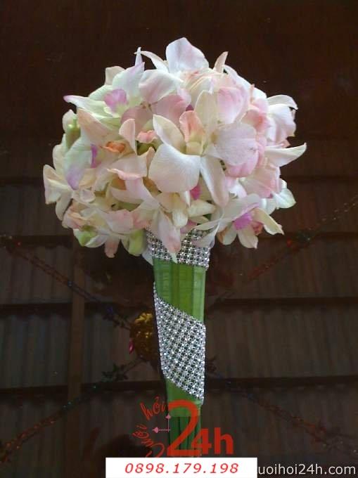 Dịch vụ cưới hỏi 24h trọn vẹn ngày vui chuyên trang trí nhà đám cưới hỏi và nhà hàng tiệc cưới | Hoa cầm tay cô dâu 132