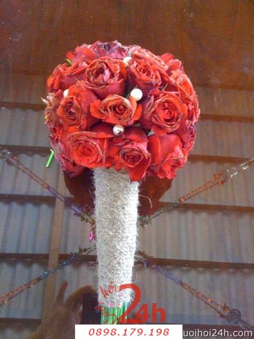 Dịch vụ cưới hỏi 24h trọn vẹn ngày vui chuyên trang trí nhà đám cưới hỏi và nhà hàng tiệc cưới | Hoa cầm tay cô dâu 133