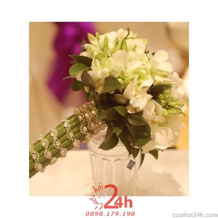 Dịch vụ cưới hỏi 24h trọn vẹn ngày vui chuyên trang trí nhà đám cưới hỏi và nhà hàng tiệc cưới | Hoa cầm tay cô dâu 141