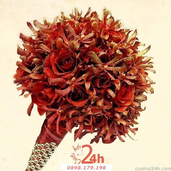Dịch vụ cưới hỏi 24h trọn vẹn ngày vui chuyên trang trí nhà đám cưới hỏi và nhà hàng tiệc cưới | Hoa cầm tay cô dâu 144