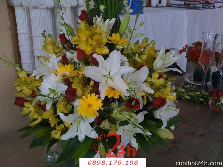 Dịch vụ cưới hỏi 24h trọn vẹn ngày vui chuyên trang trí nhà đám cưới hỏi và nhà hàng tiệc cưới | Hoa để bàn 34