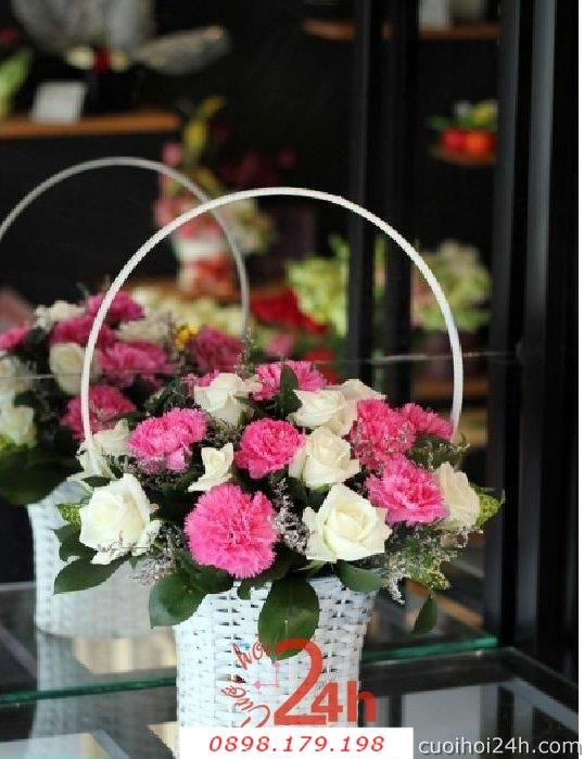 Dịch vụ cưới hỏi 24h trọn vẹn ngày vui chuyên trang trí nhà đám cưới hỏi và nhà hàng tiệc cưới | Hoa để bàn 36