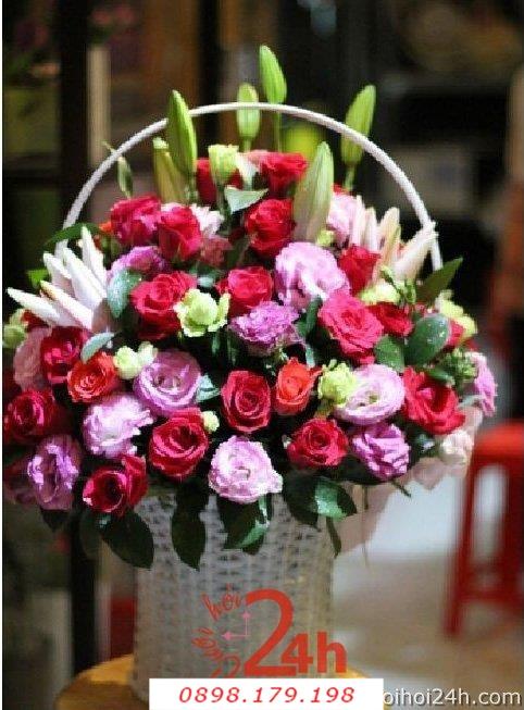 Dịch vụ cưới hỏi 24h trọn vẹn ngày vui chuyên trang trí nhà đám cưới hỏi và nhà hàng tiệc cưới | Hoa để bàn 38