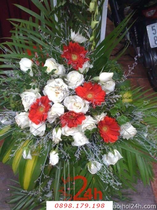 Dịch vụ cưới hỏi 24h trọn vẹn ngày vui chuyên trang trí nhà đám cưới hỏi và nhà hàng tiệc cưới | Hoa trang trí tiệc cưới 40