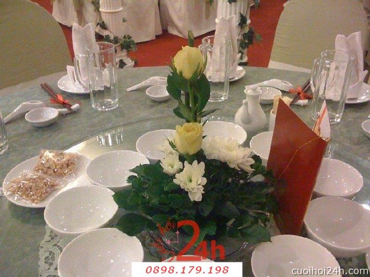 Dịch vụ cưới hỏi 24h trọn vẹn ngày vui chuyên trang trí nhà đám cưới hỏi và nhà hàng tiệc cưới | Hoa trang trí tiệc cưới 47