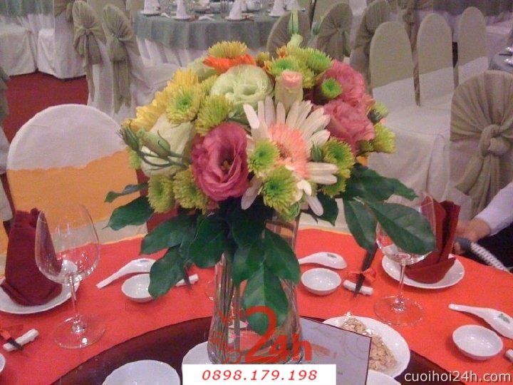 Dịch vụ cưới hỏi 24h trọn vẹn ngày vui chuyên trang trí nhà đám cưới hỏi và nhà hàng tiệc cưới | Hoa trang trí tiệc cưới 48