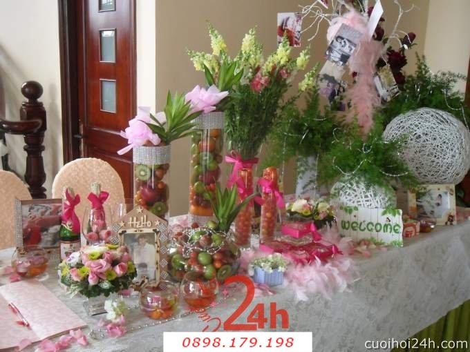 Dịch vụ cưới hỏi 24h trọn vẹn ngày vui chuyên trang trí nhà đám cưới hỏi và nhà hàng tiệc cưới | Trang trí bàn ký tên 03