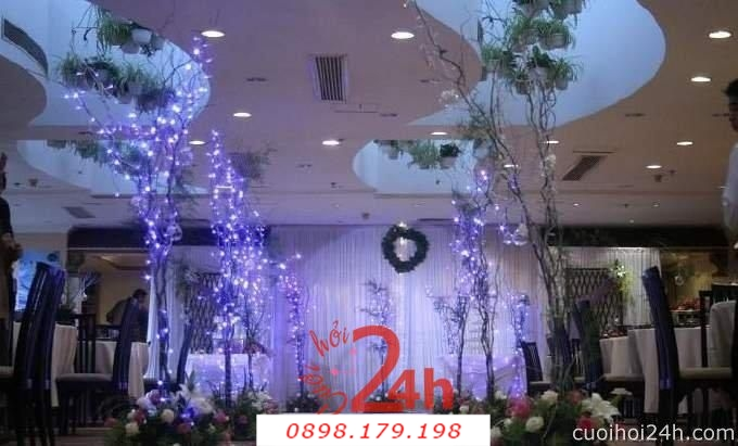 Dịch vụ cưới hỏi 24h trọn vẹn ngày vui chuyên trang trí nhà đám cưới hỏi và nhà hàng tiệc cưới | Trang trí nhà hàng 35