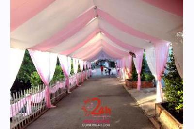 Dịch vụ cưới hỏi 24h trọn vẹn ngày vui chuyên trang trí nhà đám cưới hỏi và nhà hàng tiệc cưới | Cho thuê rạp cưới voan hàng rào tông trắng hồng nhẹ nhàng (1)