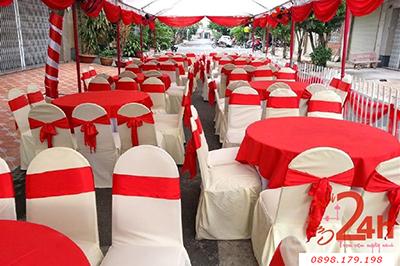 -24h chuyên dịch vụ cưới hỏi: trang trí nhà đám cưới hỏi, nhà hàng tiệc cưới, nhân sự bưng mâm quả, cổng hoa, xe hoa, cắt dán chữ và tin tức cưới hỏi: đám cưới sao, lập kế hoạch cưới, làm đẹp ngày cưới -Cho thuê bàn ghế dựa đãi tiệc tông nền vàng đ