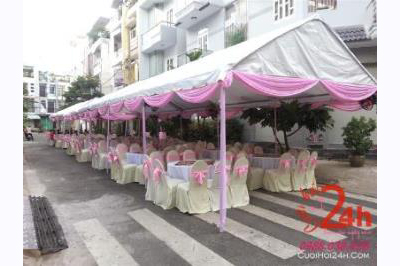 Dịch vụ cưới hỏi 24h trọn vẹn ngày vui chuyên trang trí nhà đám cưới hỏi và nhà hàng tiệc cưới | Nhà tiệc khung rạp cưới nhã nhặn với hai màu kem và hồng phấn