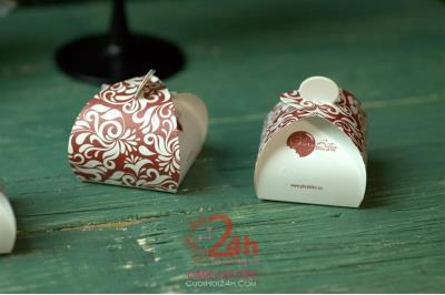 Dịch vụ cưới hỏi 24h trọn vẹn ngày vui chuyên trang trí nhà đám cưới hỏi và nhà hàng tiệc cưới | Quà tặng sự kiện 02